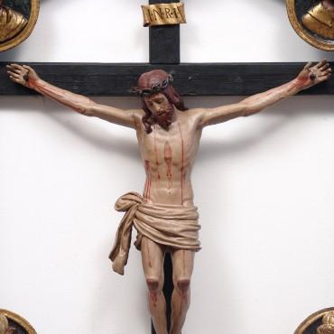 Crocifisso ligneo Duomo di Terracina - dettaglio dopo l'intervento